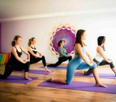 Йога при варикозе ног